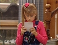 Stephanie reading a letter from Rusty - stephanie-tanner photo