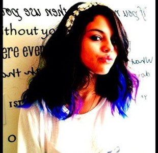 Stunning♥ Selena♥