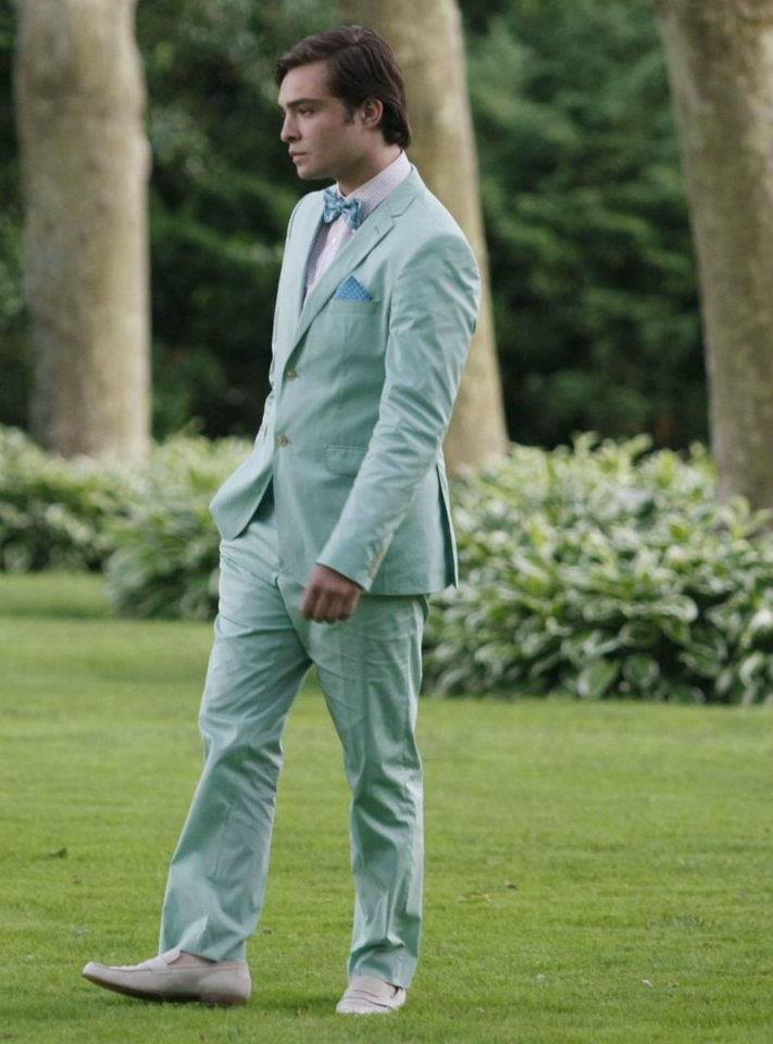 chuck bass grey suit - photo #33