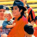 TRUE HUMANITARIAN ♥♥ - michael-jackson photo