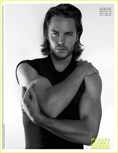 Taylor Kitsch: 'Flaunt' Magazine Feature!