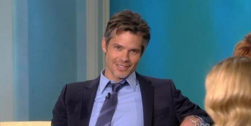 Timothy Olyphant پیپر وال containing a business suit, a suit, and a three piece suit titled Timothy Olyphant