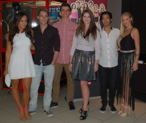 cast at the DA2 premiere