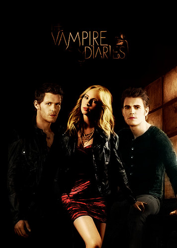 Klaus & Caroline fond d'écran possibly with a concert, a well dressed person, and a hip boot called klaroline-steroline