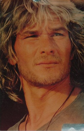 Patrick Swayze Hintergrund probably containing a portrait titled :)