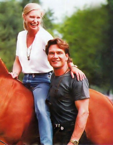 Patrick Swayze Hintergrund with a horse trail, a horse wrangler, and a lippizan entitled :)