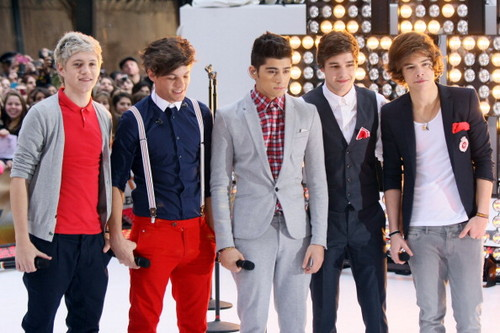 "1D performing on the ""Today Show"" :)"