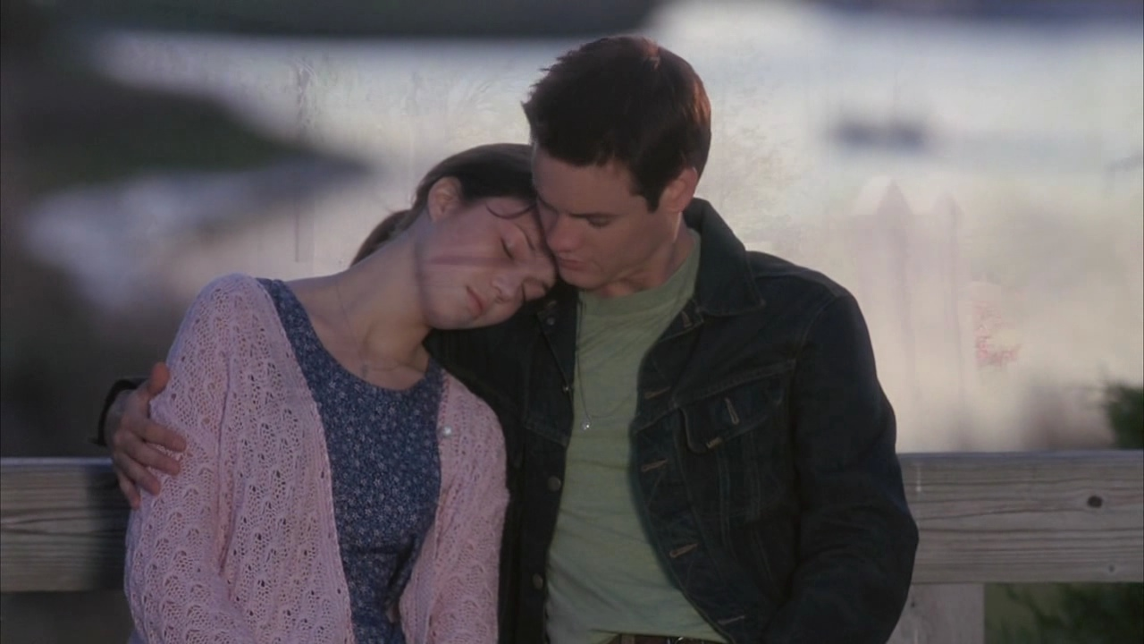 movie analysis a walk to remember Today we're reviewing a walk to remember movie the story of two teens, landon carter and jamie sullivan, who are thrown together after landon gets into trou.