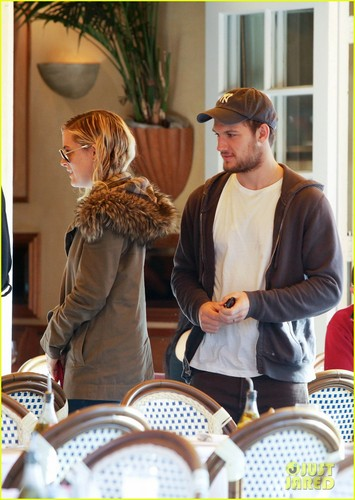 Alex Pettyfer: Engaged to Riley Keough? - alex-pettyfer Photo