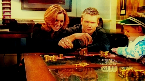 Chad and Hilarie Hintergrund possibly with a brasserie, a bistro, and a holiday abendessen entitled Chad and Hilarie <3