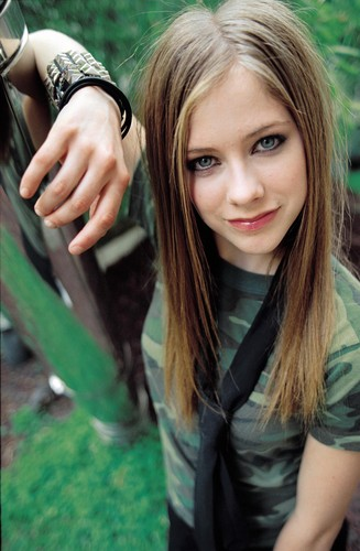 Avril Lavigne پیپر وال called Chris Buck photoshoot – 2002