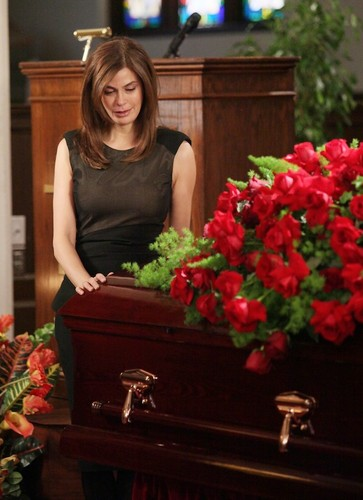 "DESPERATE HOUSEWIVES - ""Women and Death"""