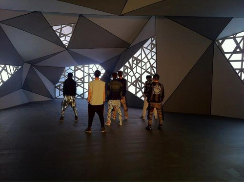 EXO-M BTS History MV shoot