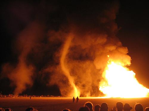 火, 消防 TORNADO