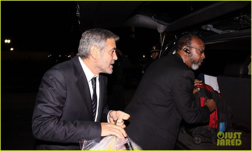 George Clooney: Sudan Government Committing 'War Crimes'
