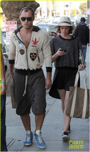 Jude Law & Ruth Wilson: New Couple Alert - jude-law Photo