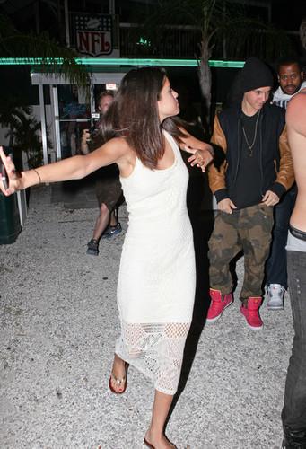 Justin Bieber, Selena Gomez, Ashley Benson and Ryan Good Florida on March 11, 2012