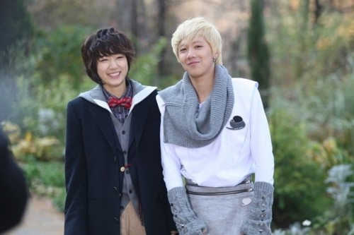 Lee Hong Ki and Park Shin Hye