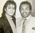 Michael Jackson with his father Joe Jackson - michael-jackson photo