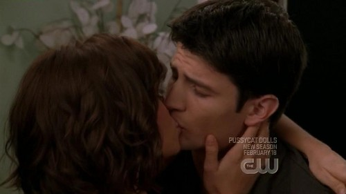 Naley wallpaper probably with a portrait entitled Naley <3