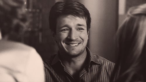 Nathan Fillion 壁纸 probably containing a portrait called Nathan <33