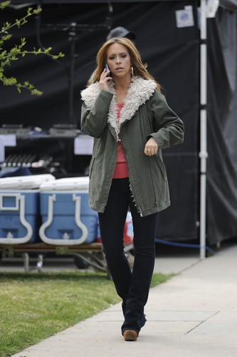 On The Set Of The Client सूची In Los Angeles [13 March 2012]