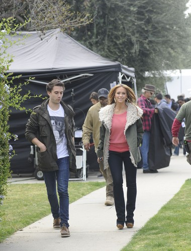 On The Set Of The Client lijst In Los Angeles [13 March 2012]