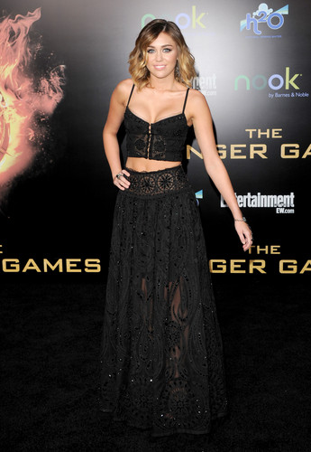 Premieres 2012 The Hunger Games Los Angeles Premiere [12th March]