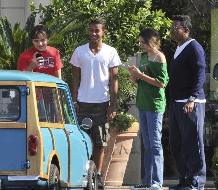 Prince Jackson, Jaafar Jackson, Paris Jackson and Jermaine Jackson in Calabasas 2012