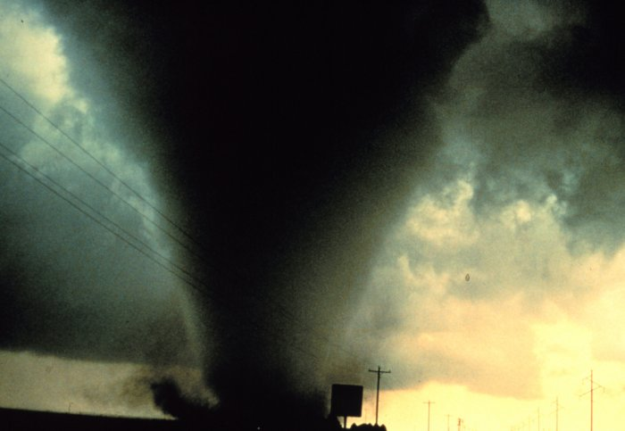 Tornadoes, The Natural Disaster. images TORNADOES ...