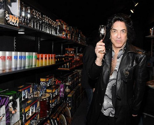 Paul Stanley wallpaper possibly with a business suit entitled ★ Paul Grand Opening Monster mini Golf ☆