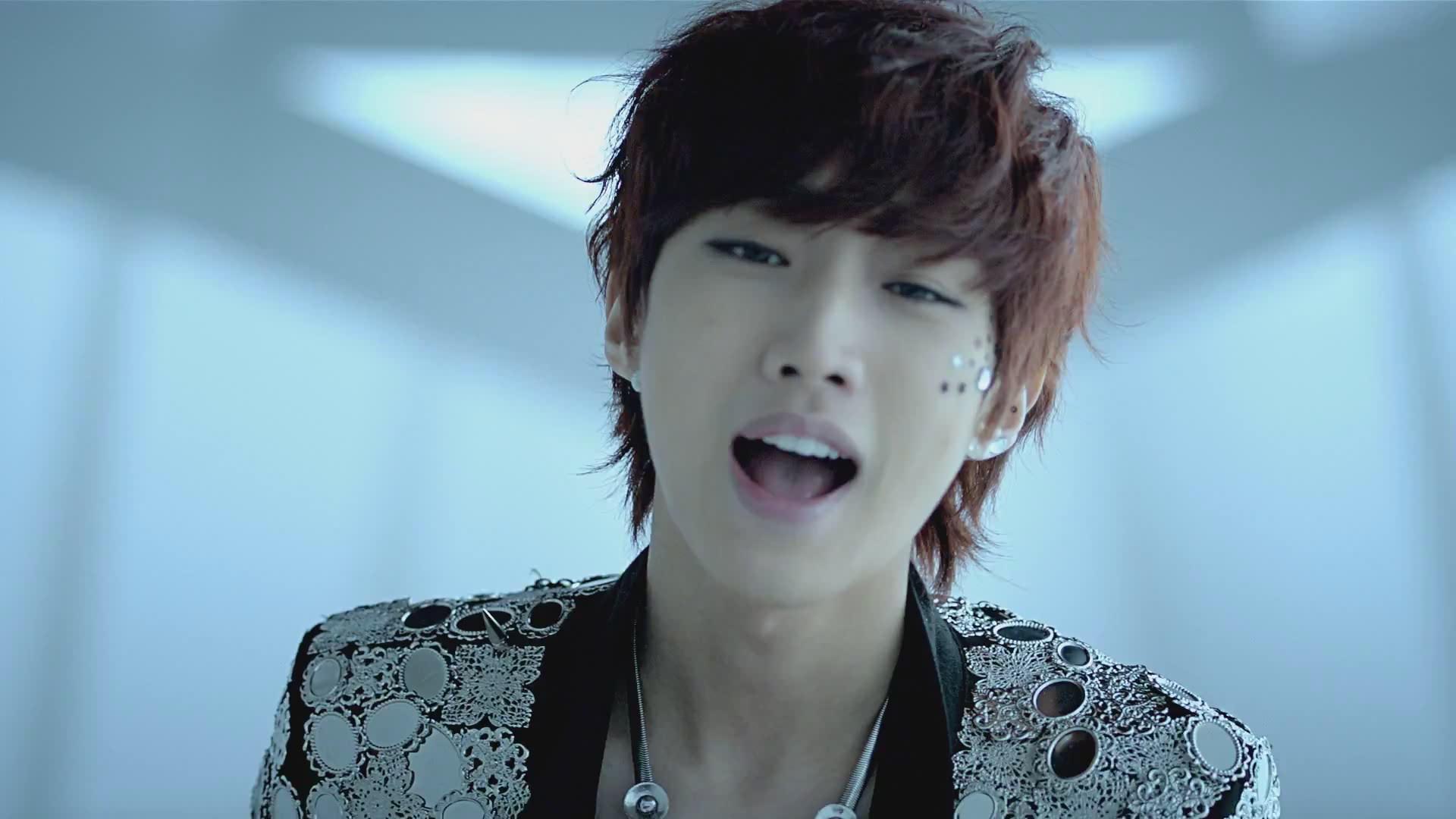 B1A4 B1A4   Baby I m Sorry   MV  B1a4 Baro Baby Im Sorry