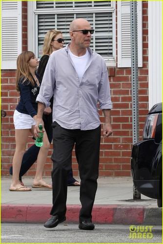 Bruce Willis: 'Moonrise Kingdom' to Open Cannes Film Festival