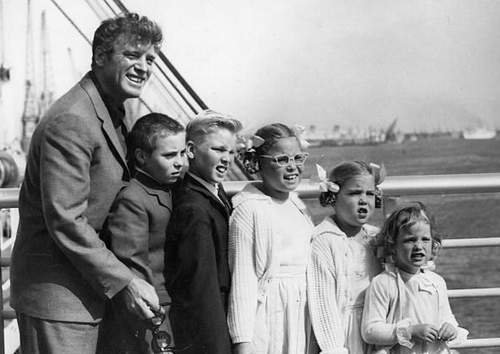 Burt Lancaster with his children