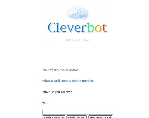 CLEVERBOT Likes Niall Horan!