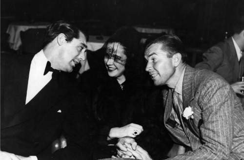 Cary Grant with Gloria Vanderbilt & her ngày Bruce Cabot