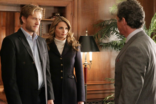 Castle wallpaper with a business suit, a suit, and a dress suit titled Castle - 4x20 The Limey (Promotional Photo's)