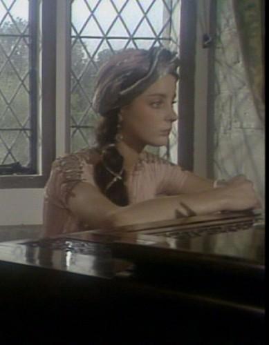 شارلٹ Helen Long (9 October 1965 – 6 October 1984)