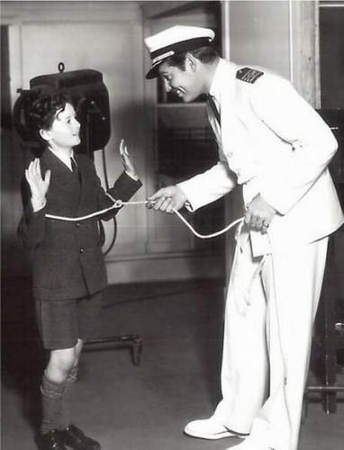 Clark Gable lassos Freddie Bartholomew