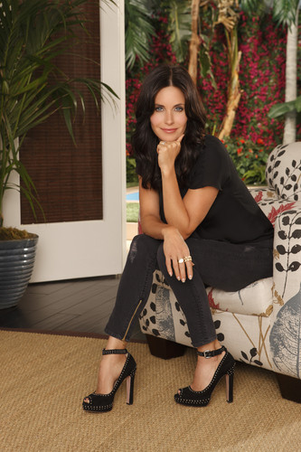 courtney cox wallpaper called Cougar Town promos
