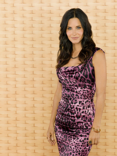 Cougar Town promos - courteney-cox Photo