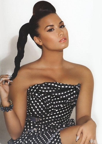 Demi Lovato wallpaper entitled Demi Lovato