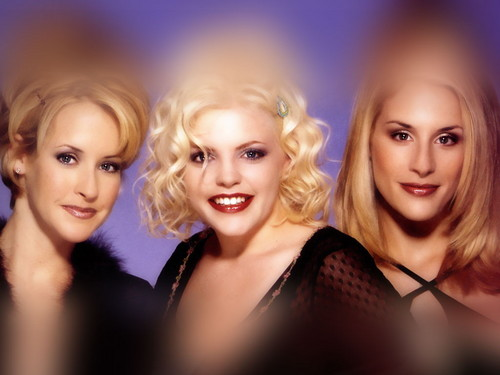 Dixie Chicks wallpaper probably with a portrait titled Dixie Chicks