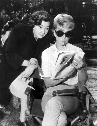 Classic Movies wallpaper probably with a business suit and sunglasses entitled Doris Day & Patsy Kelly