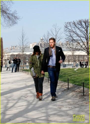 Drew Barrymore & Will Kopelman: Tuileries Garden Stroll