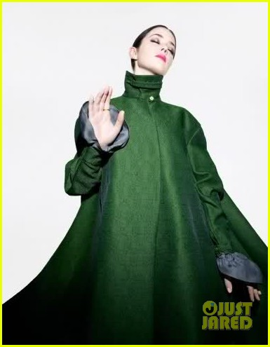Emily Blunt: 'Time' Style & Дизайн фото Shoot