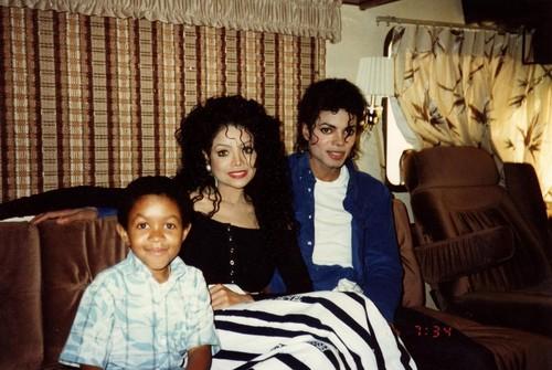 Emmanuel, Latoya Jackson and Michael Jackson