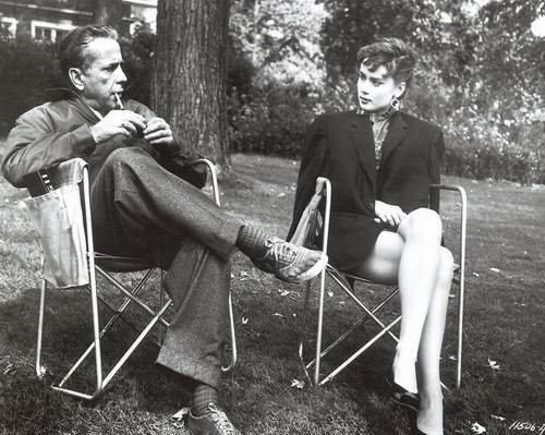 Filem Klasik kertas dinding titled Humphrey Bogart & Audrey Hepburn