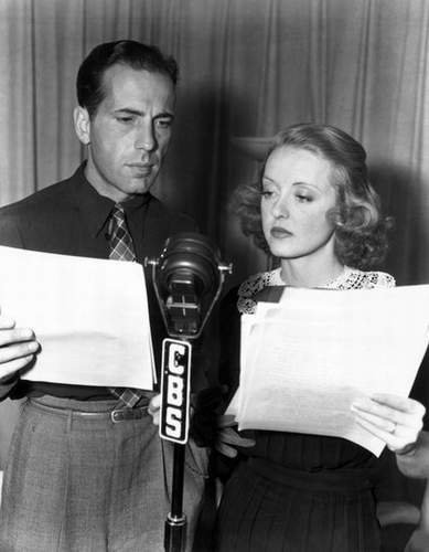 Humphrey Bogart & Bette Davis