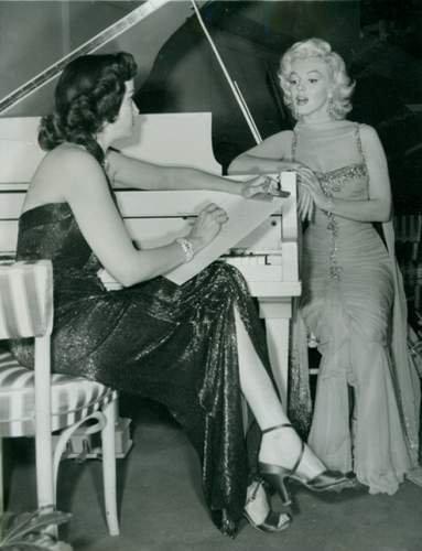 Jane Russell & Marilyn Monroe